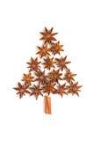 Árbol de navidad de los palillos de canela y del anís de estrella Fotografía de archivo libre de regalías