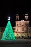 Árbol de navidad ecológico en ayuntamiento Fotografía de archivo