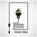 Árboles y bulbo de la luz verde en el fondo, conceptos verdes Foto de archivo