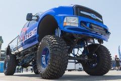 RBP que rueda el camión grande del poder grande en la exhibición durante DUB Show Tour Imagenes de archivo