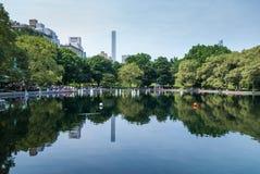 RC łodzie w Central Park jeziorze fotografia royalty free