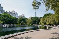 RC łodzie w Central Park jeziorze fotografia stock