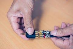 RCA-Kabel, zum 3 zu heben 5 Millimeter Audiostereolithographie Stockfotografie