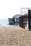 Rückstand des alten Westpiers in Brighton Lizenzfreie Stockbilder