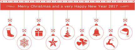 Röd glad jul och det lyckliga nya året gränsar med hängande ornam Arkivbild