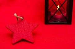 Röd julstjärna med fritt avstånd Royaltyfria Bilder