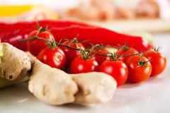 Röd körsbärsröd tomat Royaltyfria Foton