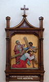 3rd stationer av korset, Jesus faller den första gången Arkivbilder
