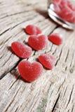 röda formade sötsaker för hjärtagelé Royaltyfri Foto