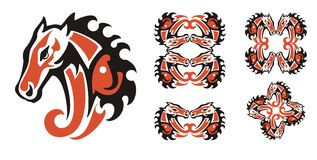 Röda och svarta symboler för hästhuvud Royaltyfria Foton