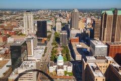 Śródmieścia St Louis, MO z Starym gmachem sądu Obrazy Royalty Free