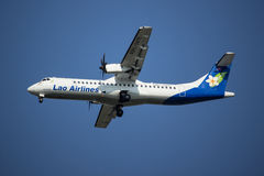 RDPL-34175 ATR72-500 de Lao Airline Photo stock