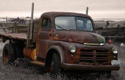 rdzewiejąca ciężarówka. Fotografia Stock