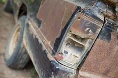 Rdzewiejący samochodowy stary pickup w parking Obrazy Royalty Free