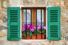 śródziemnomorski okno Zdjęcie Royalty Free