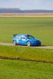 Reúna competir con de coche Imagenes de archivo