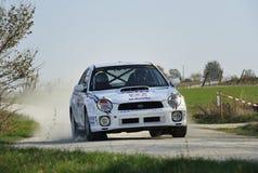 Reúna el coche en la raza, wrc del impreza del subaru Imagenes de archivo