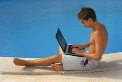 Reúna la computadora portátil Imagen de archivo libre de regalías