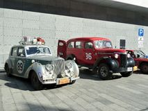 Reúna Pekín a París 2013, Kharkov, estacionamiento, coches 89,36 foto de archivo