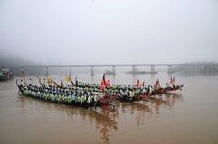 Re del festival lungo di corsa di barca dei Nagas, questo evento è stato l'orgoglio di Tanintharyi per immagine stock