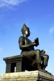 Re del verticale di vista laterale della statua di sukhothai immagine stock