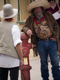 Re-enactor del tiroteo en el corral ACEPTABLE en la piedra sepulcral Arizona imagen de archivo