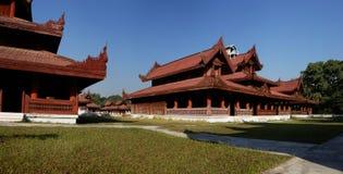 Re Palace nel panorama di Mandalay, Myanmar (Birmania) fotografia stock libera da diritti