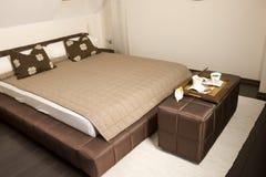 Re Size Bed Fotografie Stock Libere da Diritti