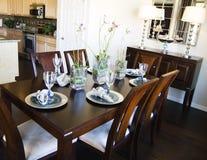 Área de tabela elegante do jantar Imagens de Stock Royalty Free