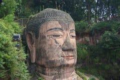 ?rea esc?nica del Monte Emei, incluyendo el ?rea esc?nica magn?fica de Leshan Buda fotos de archivo