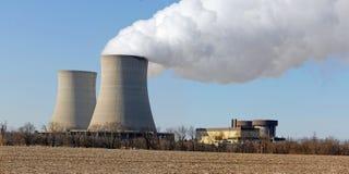 Reactores nucleares Foto de archivo libre de regalías