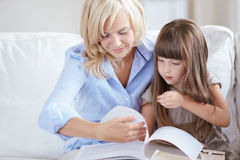 Reading books Royalty Free Stock Images