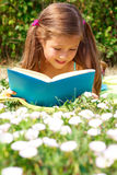 Reading girl Royalty Free Stock Image