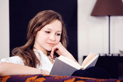 Reading girl Royalty Free Stock Photo