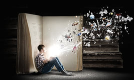 Reading and imagination Royalty Free Stock Photos