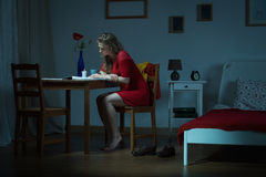 Reading in the night Royalty Free Stock Photography