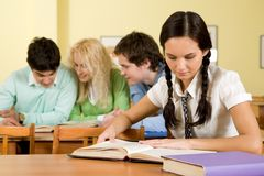 Reading students Royalty Free Stock Photography