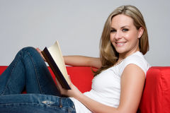 Free Reading Woman Royalty Free Stock Photography - 10435107