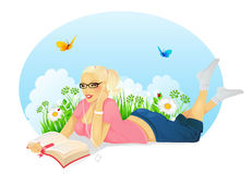 Reading woman Royalty Free Stock Photo