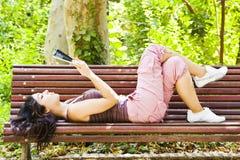 Reading Woman Royalty Free Stock Photos