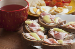 Ready to eat fresh breakfast Royalty Free Stock Photos