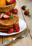 Ready to eat pancakes with strawberry Stock Photography