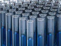 Reageerbuizen met blauwe vloeistof Royalty-vrije Stock Afbeelding