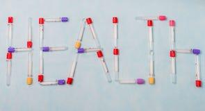 Reageerbuizen voor laboratoriumdiagnose, voor bloedonderzoeken Stock Foto's