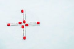 Reageerbuizen voor laboratoriumdiagnose, voor bloedonderzoeken Stock Afbeeldingen