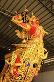 Real barge adentro el Museo Nacional de gabarras reales, Bangkok, Tailandia fotografía de archivo
