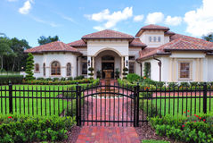 Real Estate. Upscale home in Central Florida with blue sky Royalty Free Stock Photos