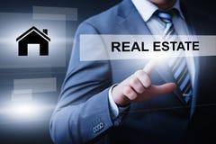 Real Estate intecknar begrepp för köp för egenskapsledninghyra royaltyfri bild