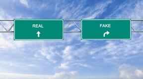 Real i imitacja obraz stock