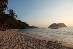 Reala plażowy życie na wyspie Palawan, Filipiny Obraz Stock